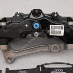 Audi RSQ3 Brembo 8Pot Calipers 8U0615107 8U0615108 20.7675.02 brackets pads pins NEW-12