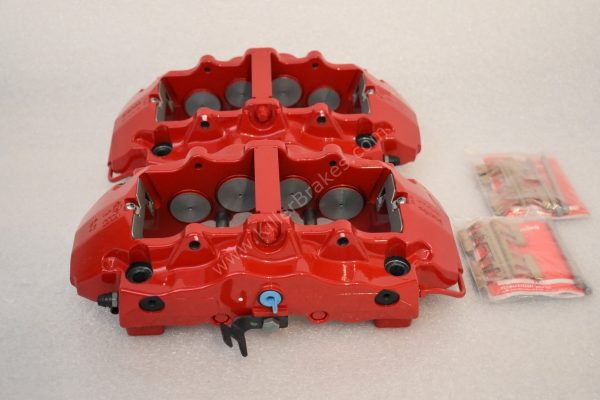 Brembo 8Pot Calipers 20.7675.02 Red NEW -16